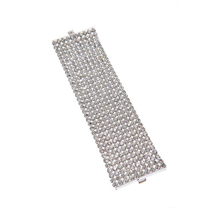Bracelet made of rhinestone set in textile net