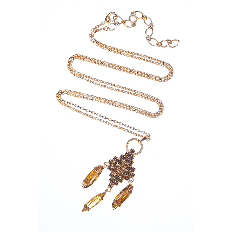 Cute and stylish necklace topaz