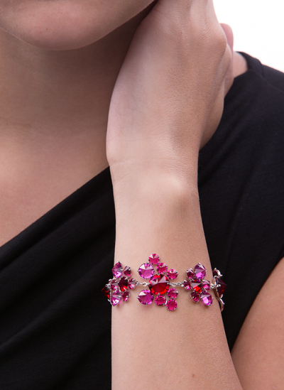 Elegant bracelet made from Czech rhinestones