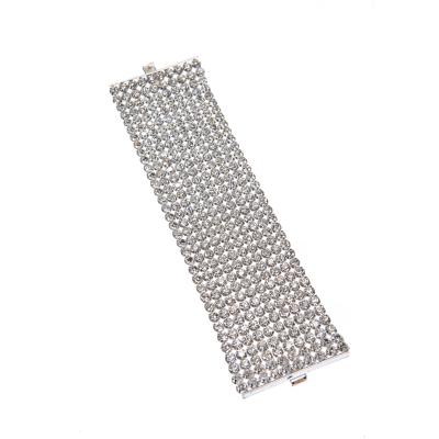 Bracelet made of rhinestone set in textile net