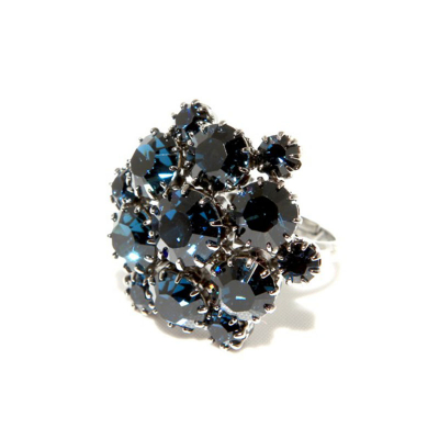 Exclusive ring made from Swarovski rhinestones