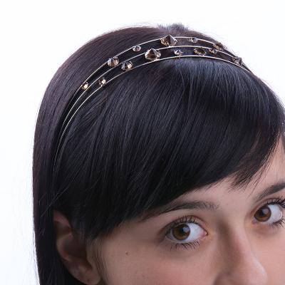 Tiara with transparent rhinestones